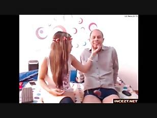 Dad - daughter(娘) webcam