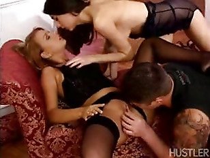 Picture Two Ladies Get Fucked
