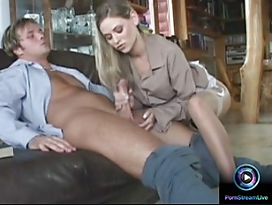 Picture Lovely Victoria Swinger Giving Tugjob And Fo...