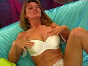 Picture Blonde Milf And Dildo
