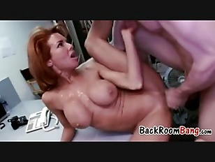 Veronica Avluv Comes To...