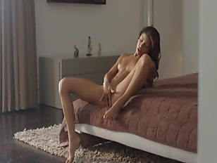 Picture Wet Orgasm Of Exotic Beauty Stripping