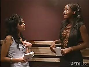 Interracial Lesbian Sex In...