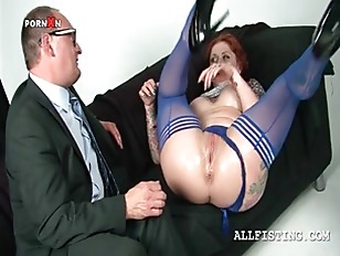 Picture Oily Slutty Redhead Fisting Her Craving Pink...