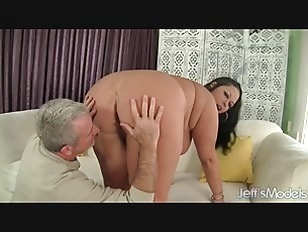 Sexy MILF BBW Aire...
