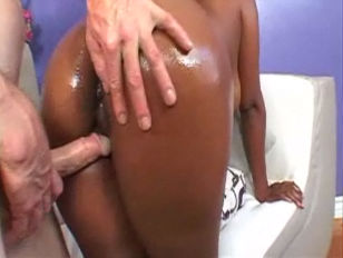 Picture Ebony Sinnamon Love