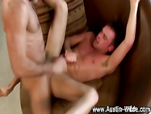 Pornstar Cums On Hunk