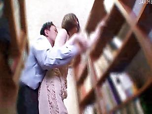 Brea Lynn houdt van bibliotheken