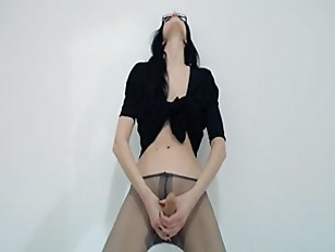 Picture Hot 18yo Coed Teasing In Front Of Mirorr