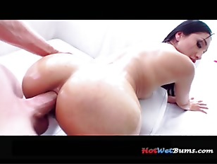 Vickis Anal Delight p2