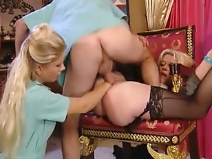 Picture Fisting And Anal Treatment To Their Mature P...
