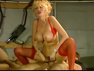 Girl flashes her pussy