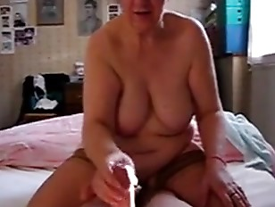 Mamie branlette porno tube capturé porno gay