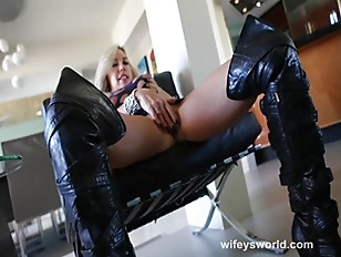 Picture Wifey Rides Cock While Her Huge Tits Bounce