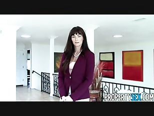 Picture Naughty MILF Real Estate Agent Makes Homemad...