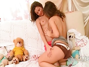 Picture Horny Lesbo 20y-Girls From Poland Kissing