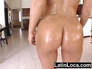 Rocking ass booty