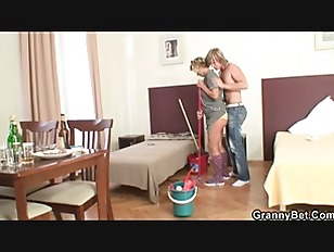 Picture Cleaning Lady Takes His Horny Cock From Behi...