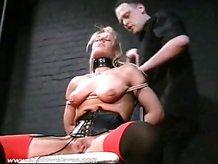 Blonde Slave Crystels Kinky...