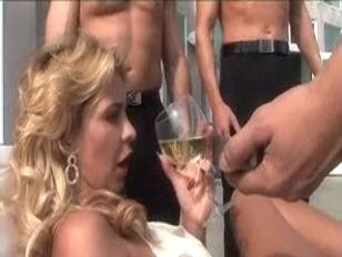 Bust Blonde Phyllisha Anne...