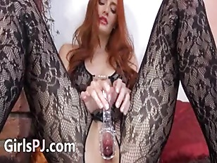 Picture Gyno Dildo In Her Huge Redhead Vagina
