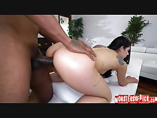 Perfect Bodied Gina Valentina...