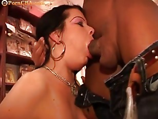 Picture Chubby Girl Fucked In The Sexshop
