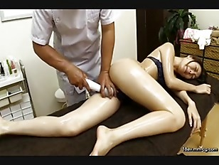 Young Asian Chick Fuck...