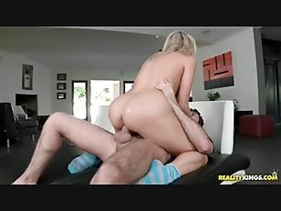 Sexy bikini cum girl