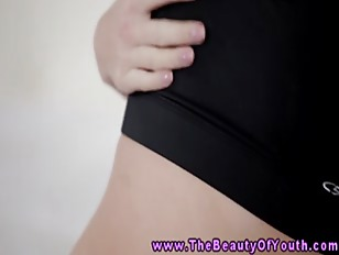 Picture Blonde Young Girl 18+ Gym Babe Masturbates A...