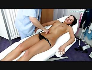 HD Czech Girl Frida Gyno Exam