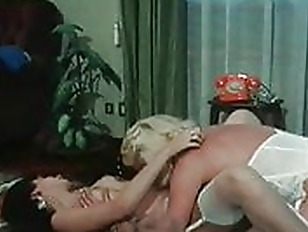 POKER DI DONNE. FULL VINTAGE ITALIAN MOVIE. KARIN SHUBERT