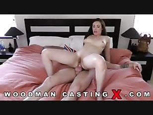 Brunette Babe Making Porn...