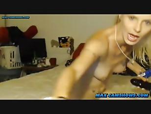 Long saggy tits