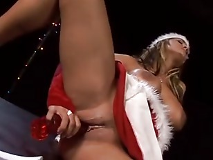 Picture Sexy Xmas Babe Wants Your Cock