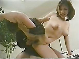 Sexy Japanese beauty