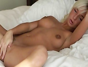 Picture Blonde Fingering And Teasing Her Hole
