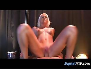 Striptease Squirtfest...