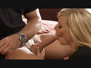 Holly Sampson Blonde Milf...