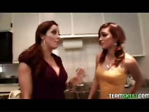 Hot Brunettes Lesbian Latina Melanie Rios And Francesca Le Make Out