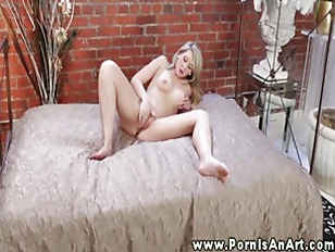 HD Erotic Babe Strokes...