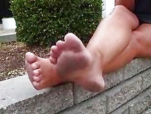 Donnas Dirty Feet Long...