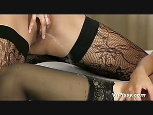 Picture Pissing Lesbians In Stockings Get Off With V...