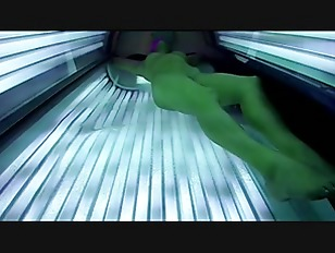 Naked tanning babe