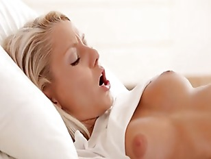 Hardcore Blonde Selftoying Cunt...