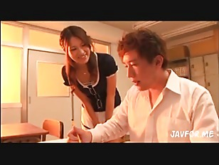 Picture Japanese Hottie Gets Some Action