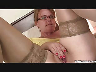 Son in law finds busty mom toying her horny pussy-13644