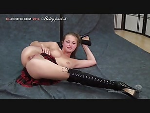 Naked gymnast Molly Solo...