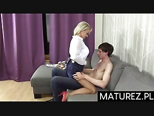 Mamuśki nogi porno