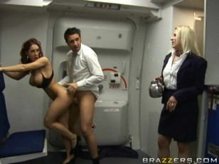 Kylee Strutt Airplane Facial